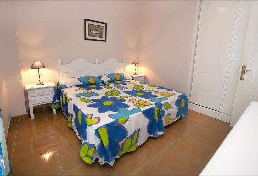 Quarto Apartamentos Leo San Bruno Isla Canela