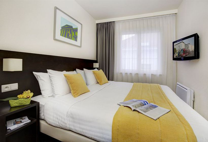 Citadines Sainte Catherine Brussels بروکسل