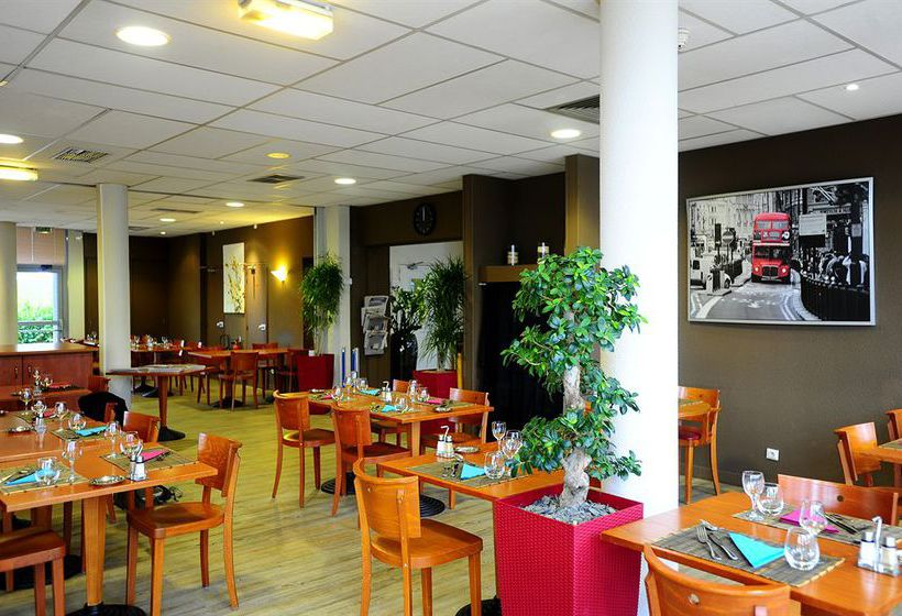 Hotel Kyriad Lyon - Aéroport Saint Exupéry
