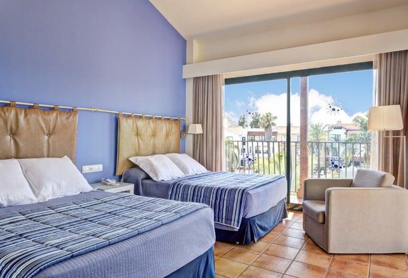 Room PortAventura® Hotel PortAventura Salou
