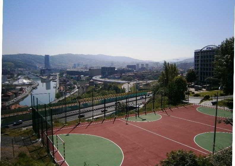 Bilbao Aterpetxea Hostel Bilbau