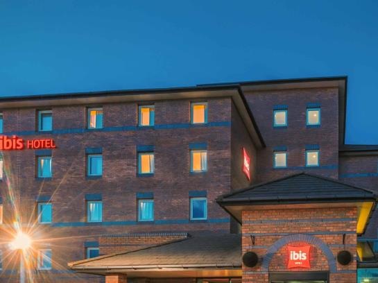 ホテル Ibis Liverpool Centre Albert Dock リバプール