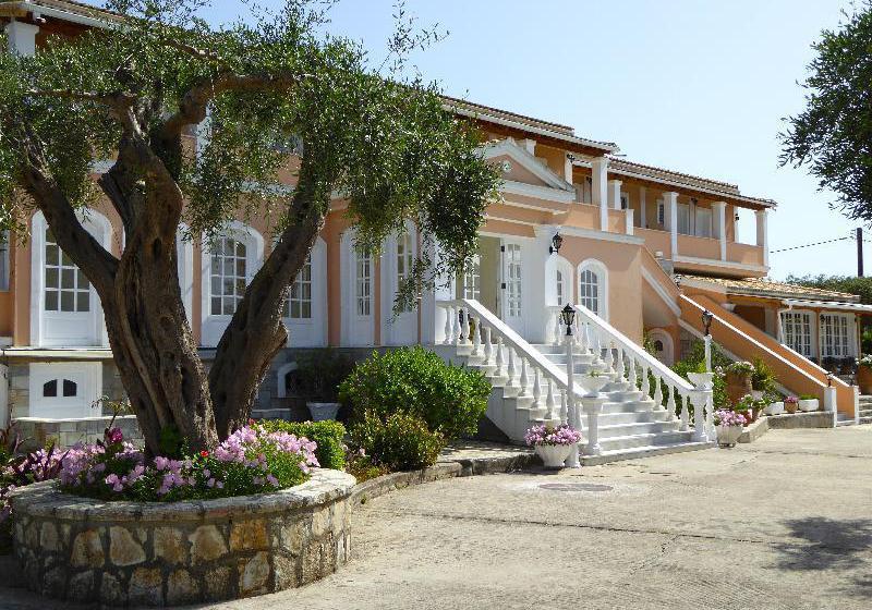 Hotel Nefeli Kommeno