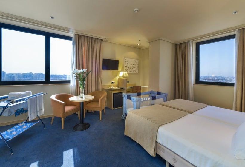 Aussenbereich Hotel Abba Madrid