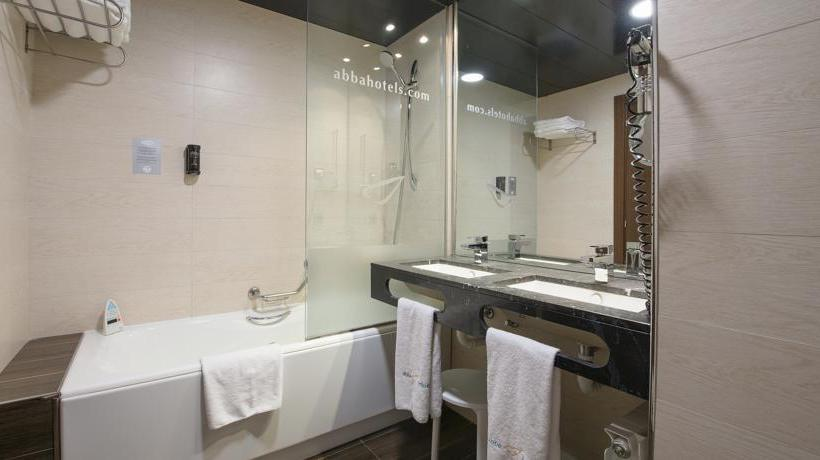 Bathroom فندق Abba Huesca هويسكا