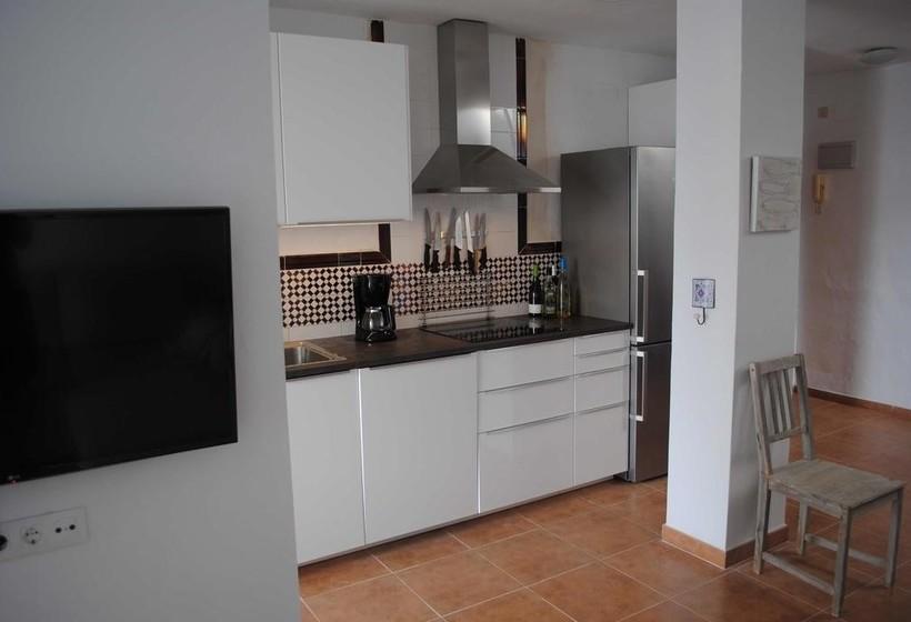 Apartamentos Puerto Zahara ثارا دي لوس أتونيس