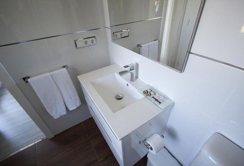 Badezimmer Hotel Inffinit Sanxenxo