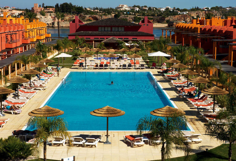 Swimming pool Hotel Tivoli Marina Portimao
