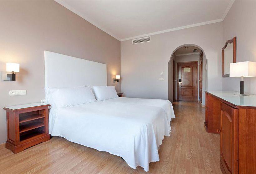 ホテル Tryp Melilla Puerto メリリャ