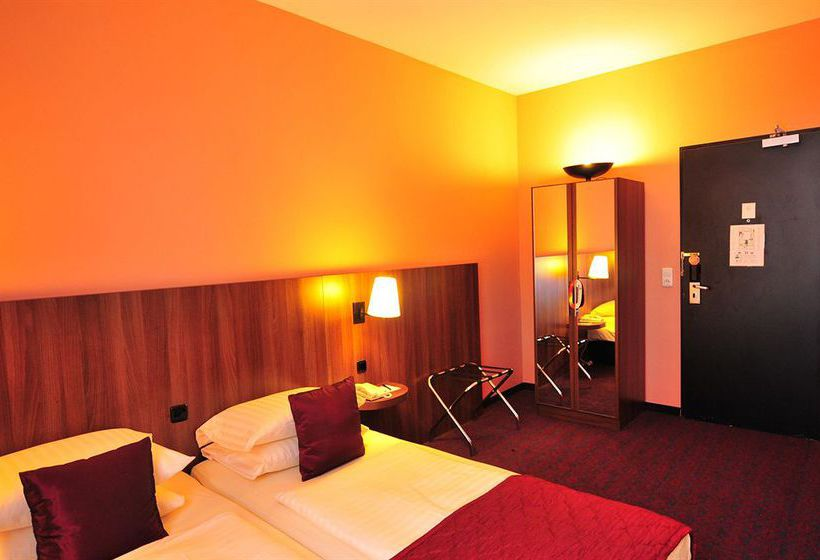 Hotel Ramada Frankfurt City Centre & Financial District Francoforte
