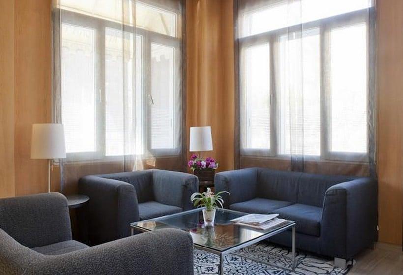 Zonas comunes Hotel Silken Torre Garden Madrid