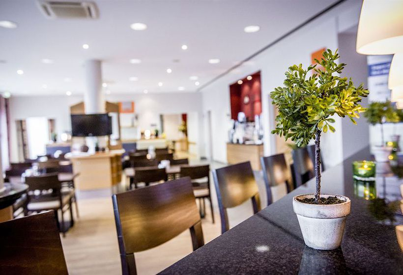Hotel Holiday Inn Express Cologne Muelheim Koeln