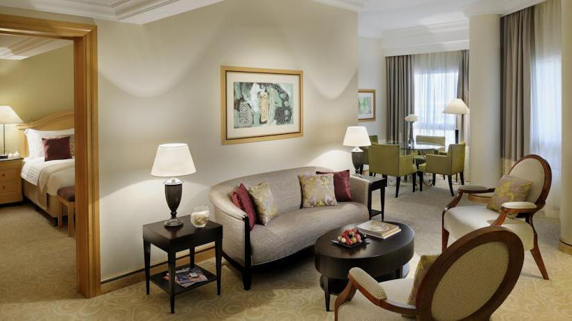 部屋 ホテル Movenpick Doha ドーハ