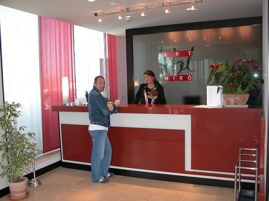 Art Hotel Miro كالنزانو