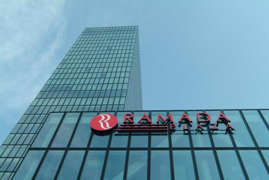 Ramada Plaza Basel Hotel & Conference Center Bâle