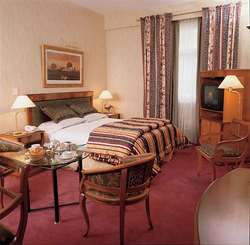 فندق Mayflower Suites بوينس آيرس