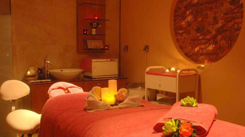 امکانات ورزشی هتل The Palms Beach & Spa کویت