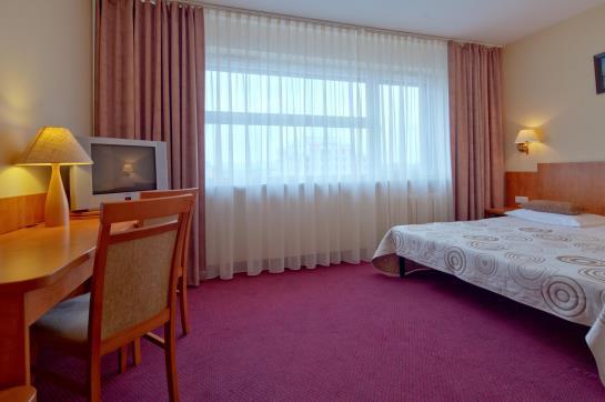 Hotel Atos Varsovia