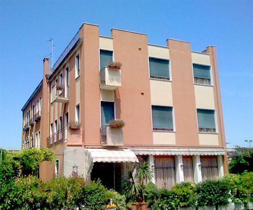Hôtel Rivamare Lido di Venezia