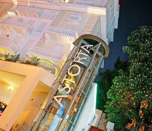 Hotel design astoria em opatija desde 35 destinia for Design hotel opatija