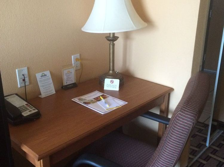 Hotel Quality Inn & Suites Northwoods San Antonio