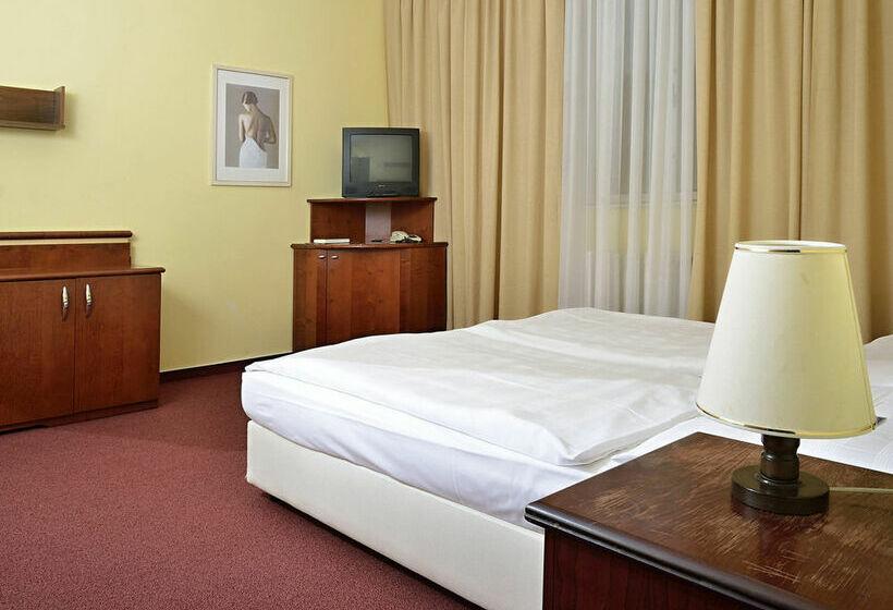 فندق Jasmin براغ