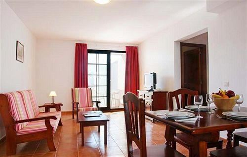 Apartamentos Tabaiba Center Costa Teguise