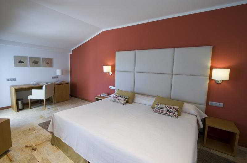 Room Hotel Port Ciutadella