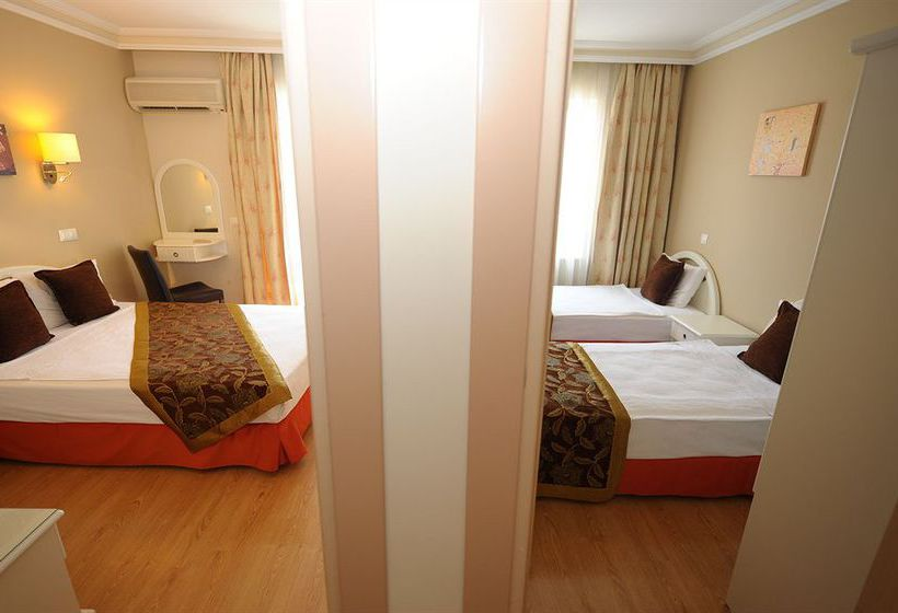 Suite Laguna Adalia