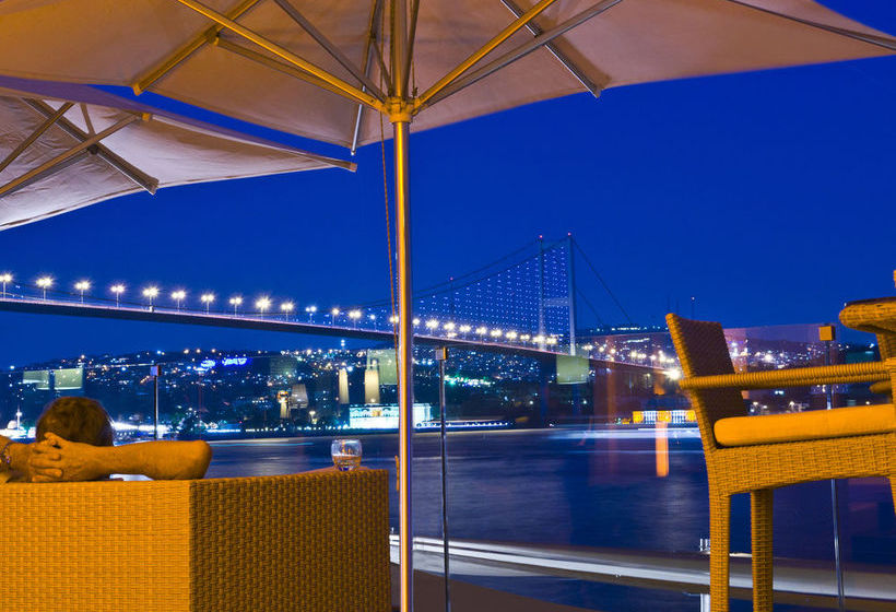 تراس فندق Radisson Blu Bosphorus Istanbul إسطنبول