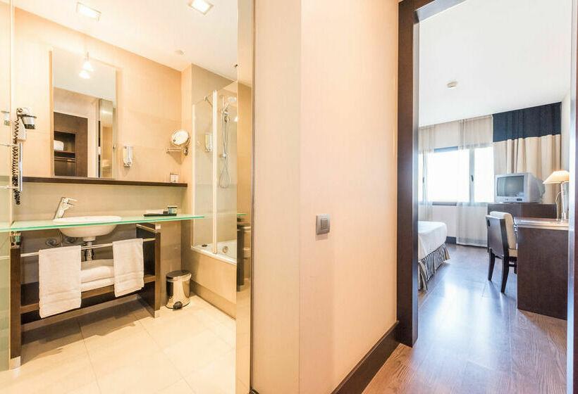 Bathroom Hotel Mercader Madrid
