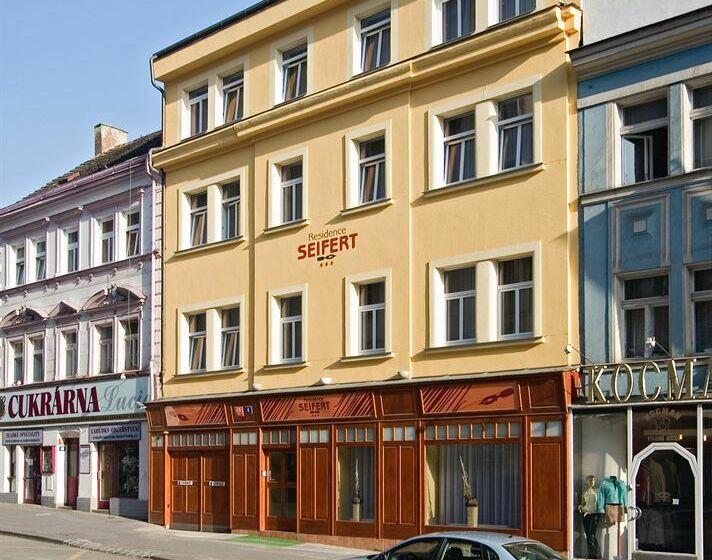 Seifert Hotel Praga