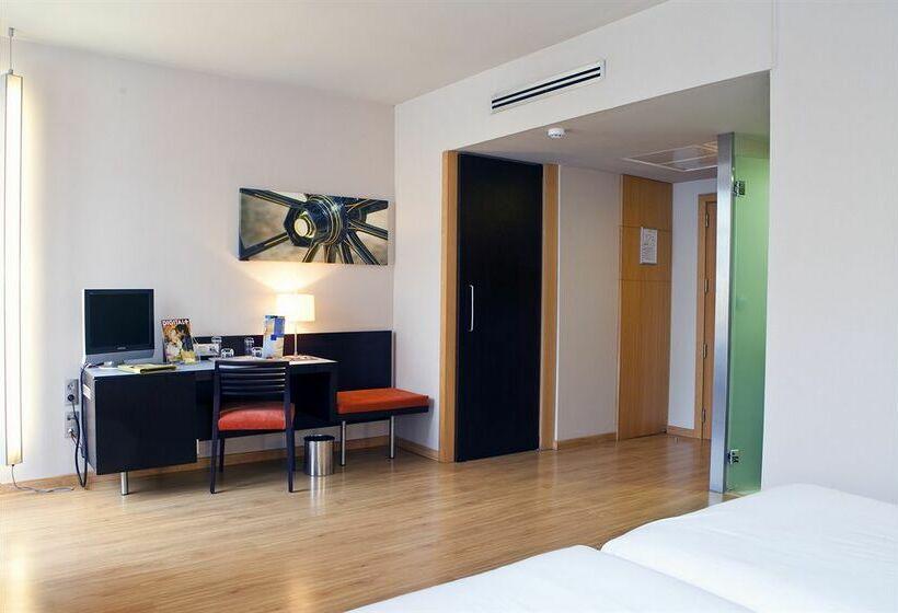 ホテル Itaca Jerez ヘレス・デ・ラ・フロンテーラ
