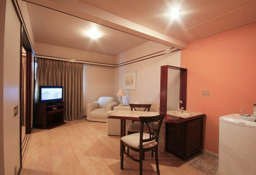 Hôtel Le Premier Suites Jardins Paulista