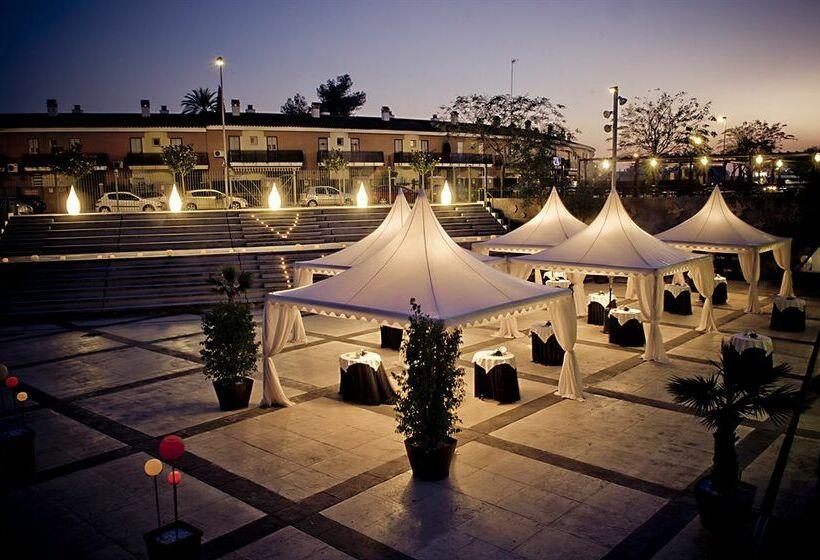 ホテル Vértice Sevilla Aljarafe Bormujos