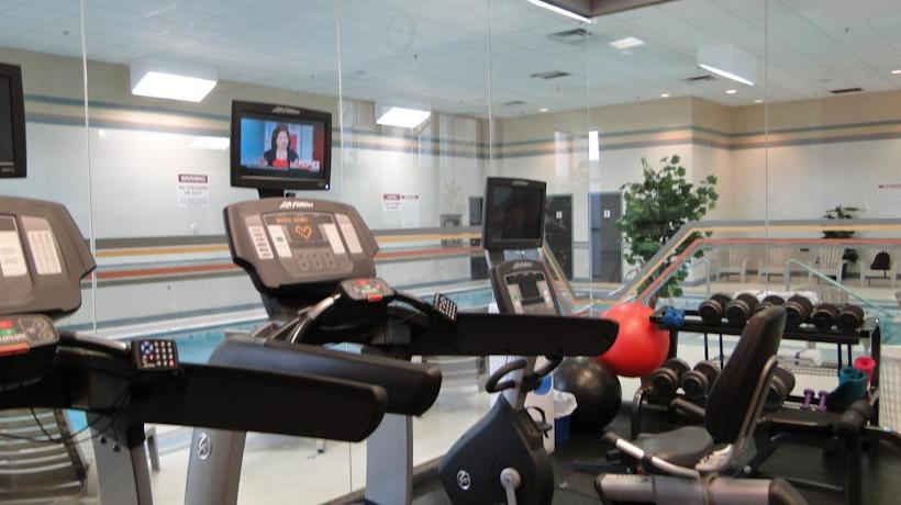 Sport center Clarion Hotel Calgary Airport