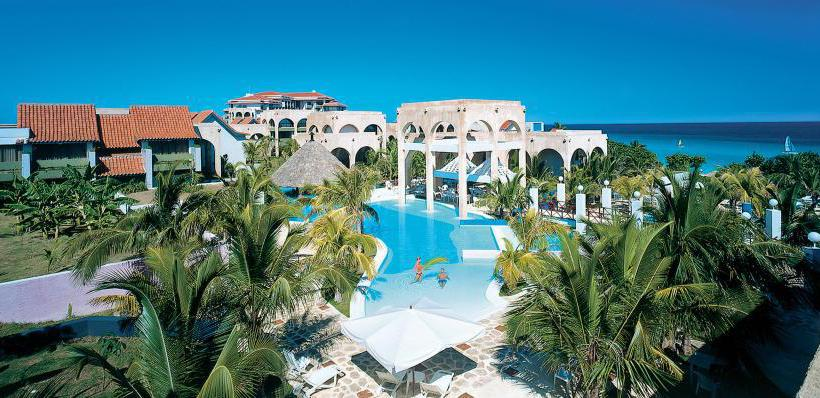 Hotel meli las am ricas adults only em varadero desde for Alberca las americas