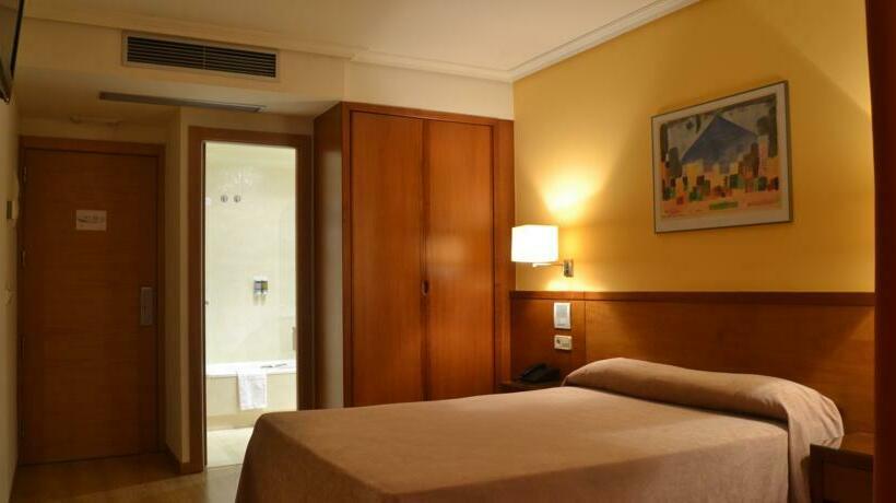 Hotel Ogalia Vigo