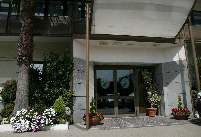 Hôtel Millennium Gold Naples