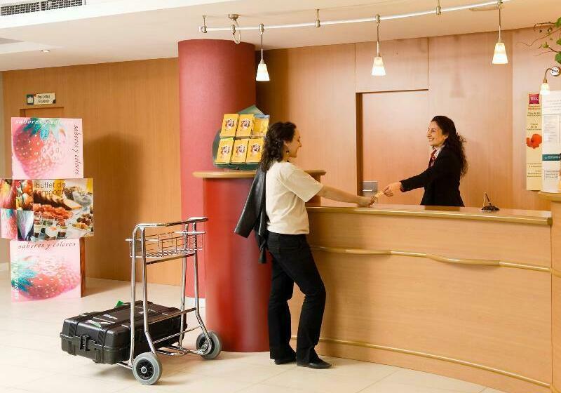 호텔 Ibis Barcelona Aeropuerto Viladecans