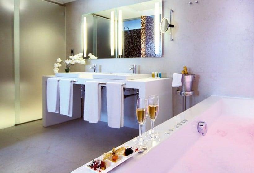 Cuarto de baño Hotel Barceló Málaga