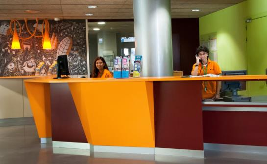 Youth Hostel Pere Tarres Barcelona
