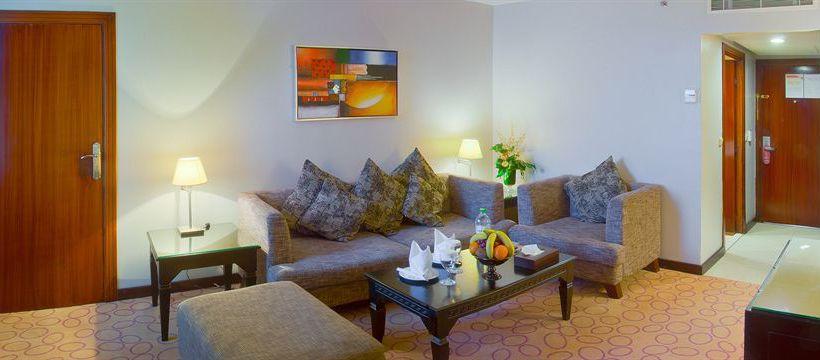 فندق Golden Tulip Qasr al Nasiriah Riyadh الرياض