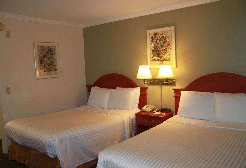 Hotel AmericaŽs Best Inn & Suites Redwood City