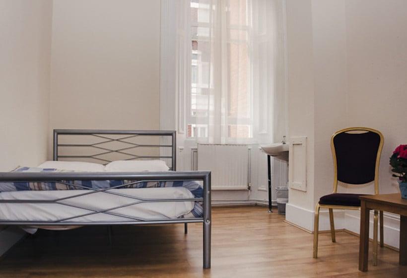 Herberge Barkston Rooms Earls Court London