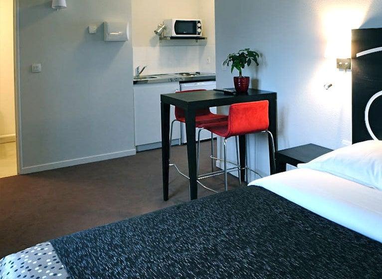h tel villa bellagio vitry le carmin vitry sur seine partir de 16 destinia. Black Bedroom Furniture Sets. Home Design Ideas