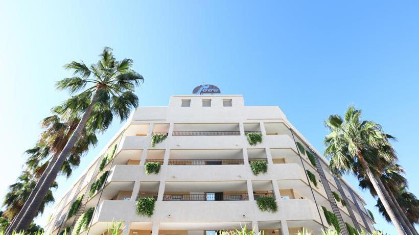 Outside Apartamentos Jade S'Arenal