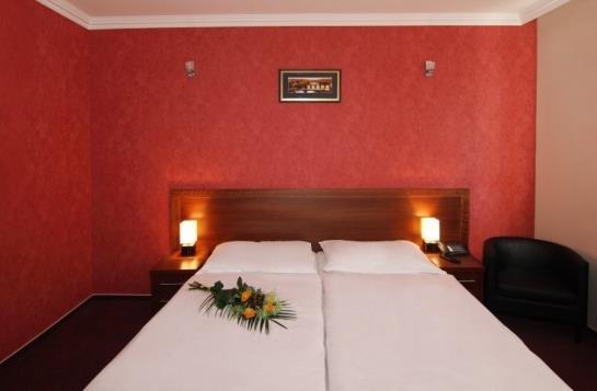 Relax Inn Hotel Prague