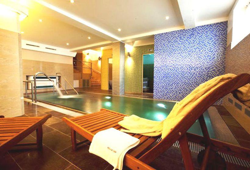 Relax Inn Hotel Prague 프라하