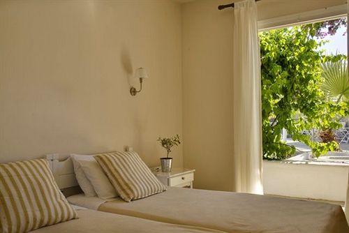 Vanilla Hotel Ornos